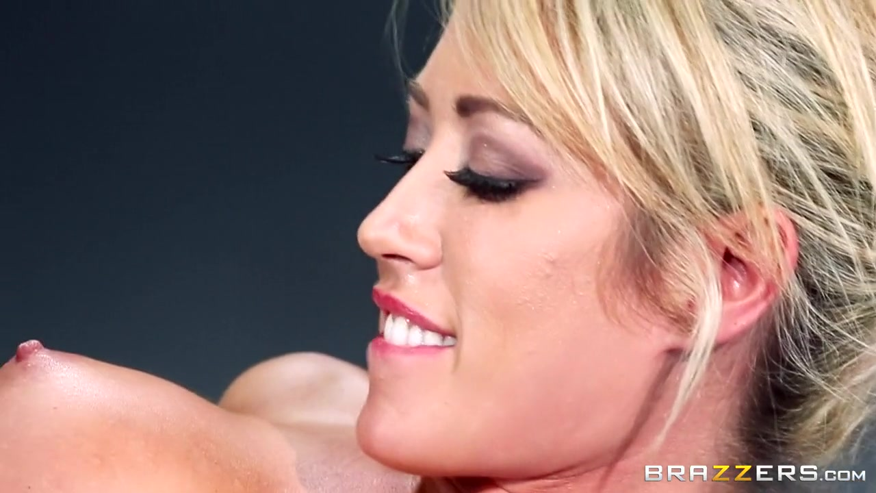 Sexy por pics Free gay porn magazines