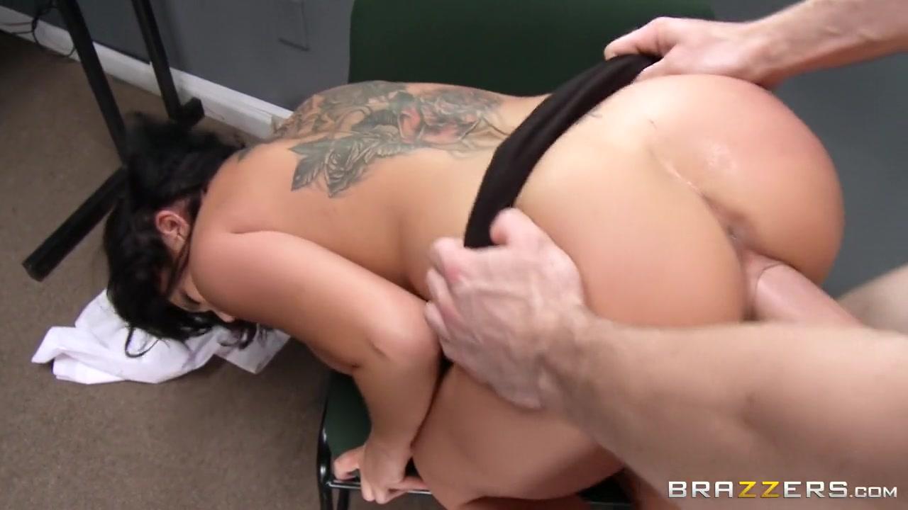 Nude 18+ Amory dating login
