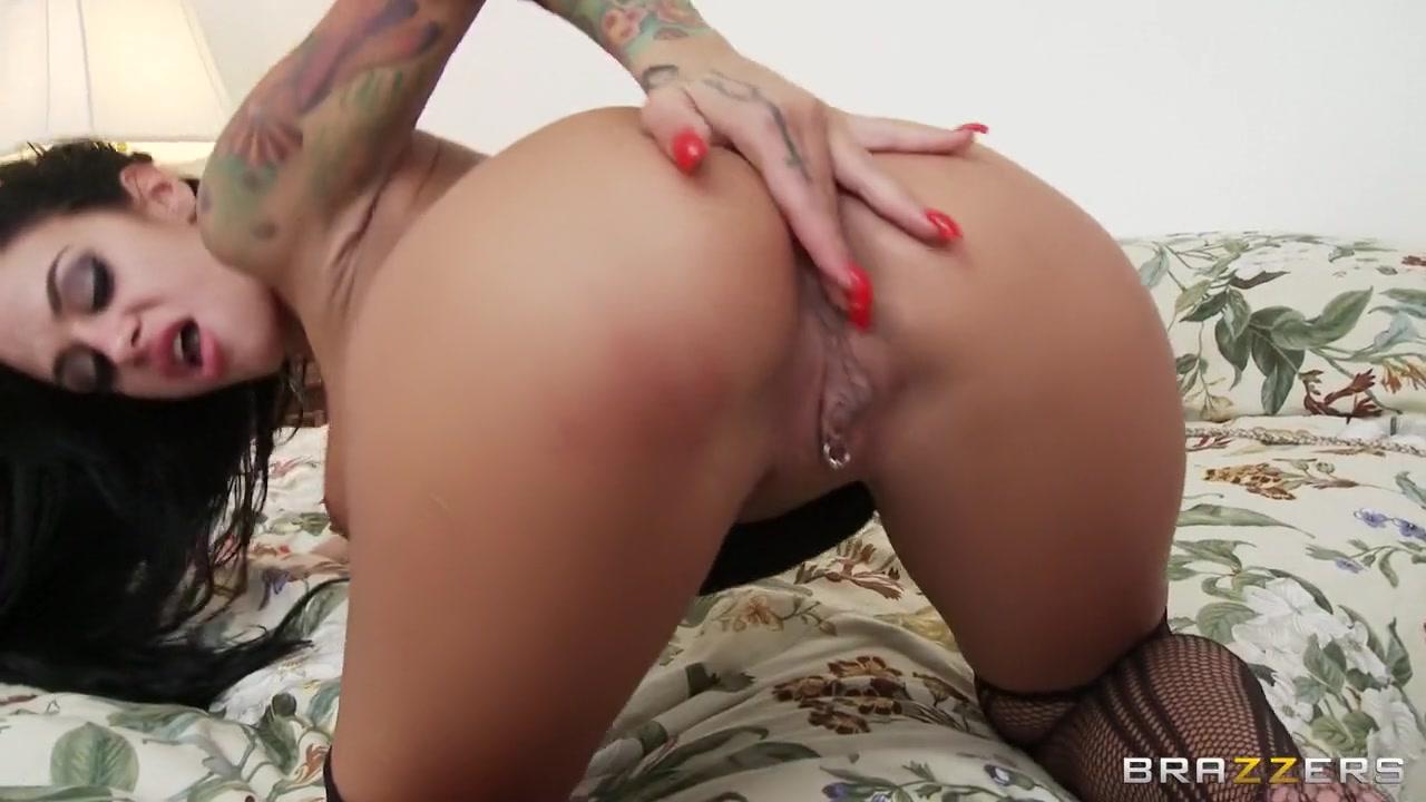 Porn Pics & Movies Odessa milf masturbation