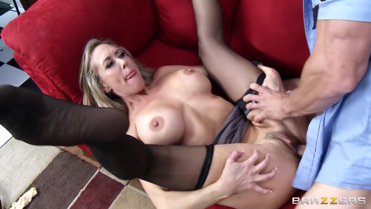 XXX Photo Horny women chat room