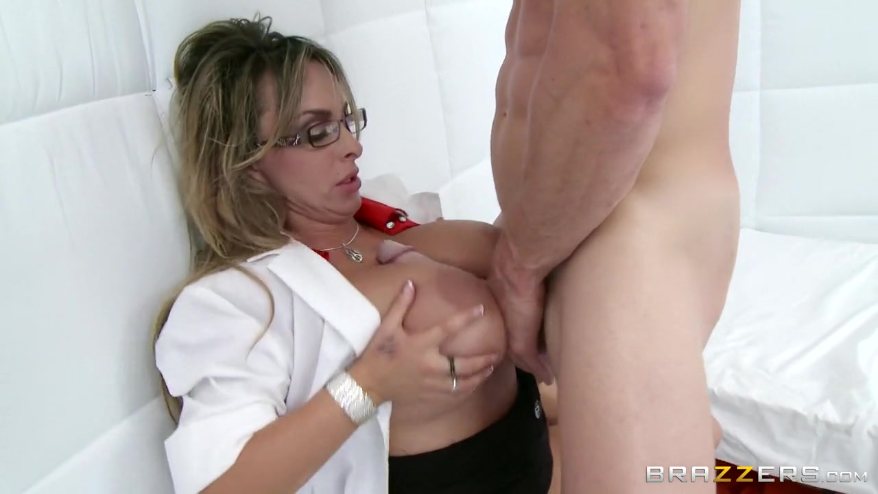 Sexy Video Erotic lingerie porn pics