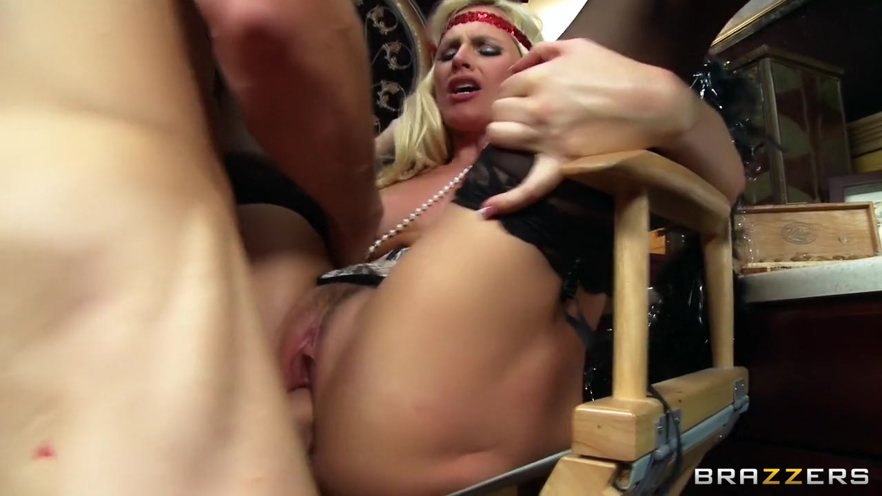 Women masturbating together nude Sex photo