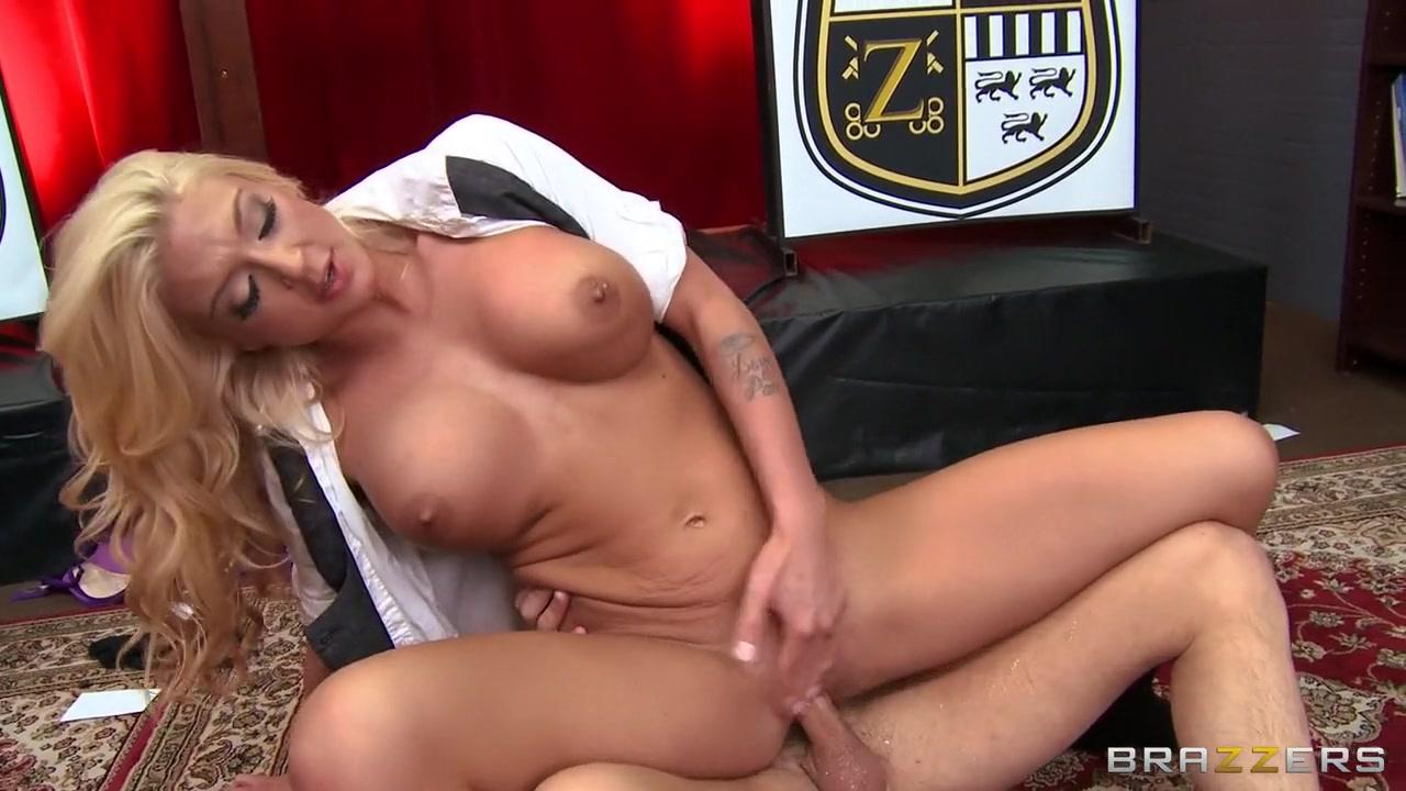 Small latina porn gif Porn tube