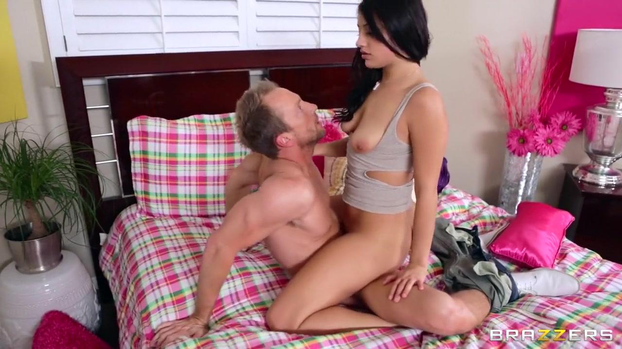 XXX Porn tube Adult movie starring chloe