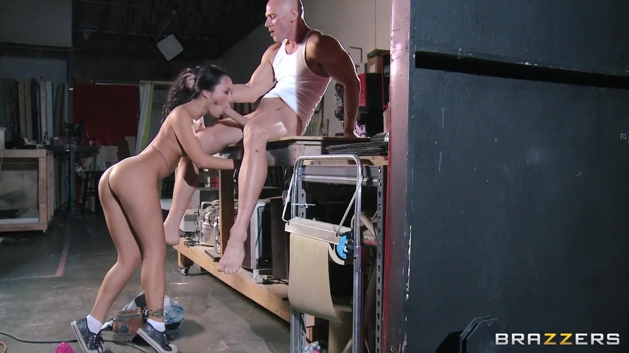 Nude gallery Foot job sex videos