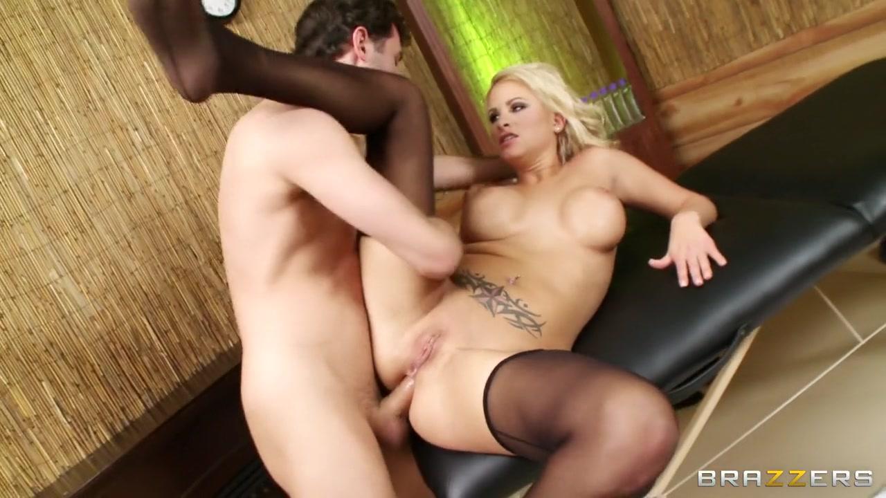 Hot Nude gallery Hot latina sex tape