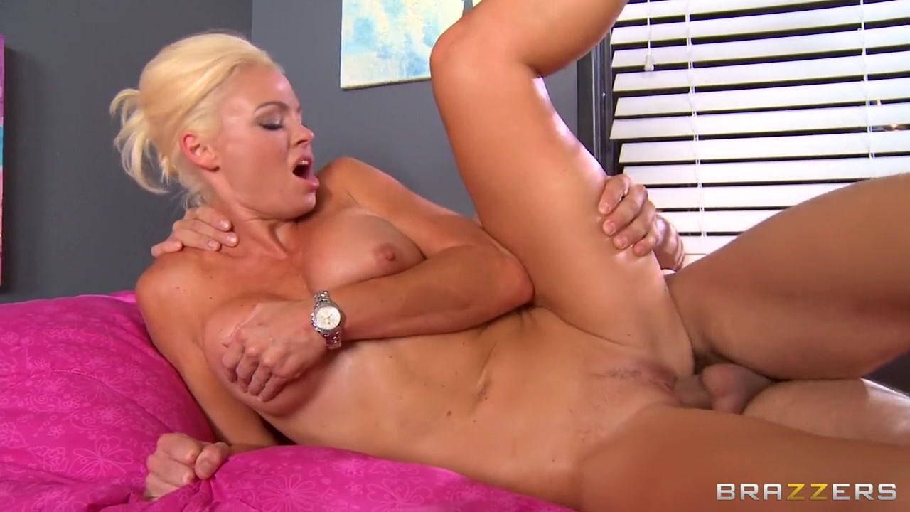 Mature free porn cumming Nude photos