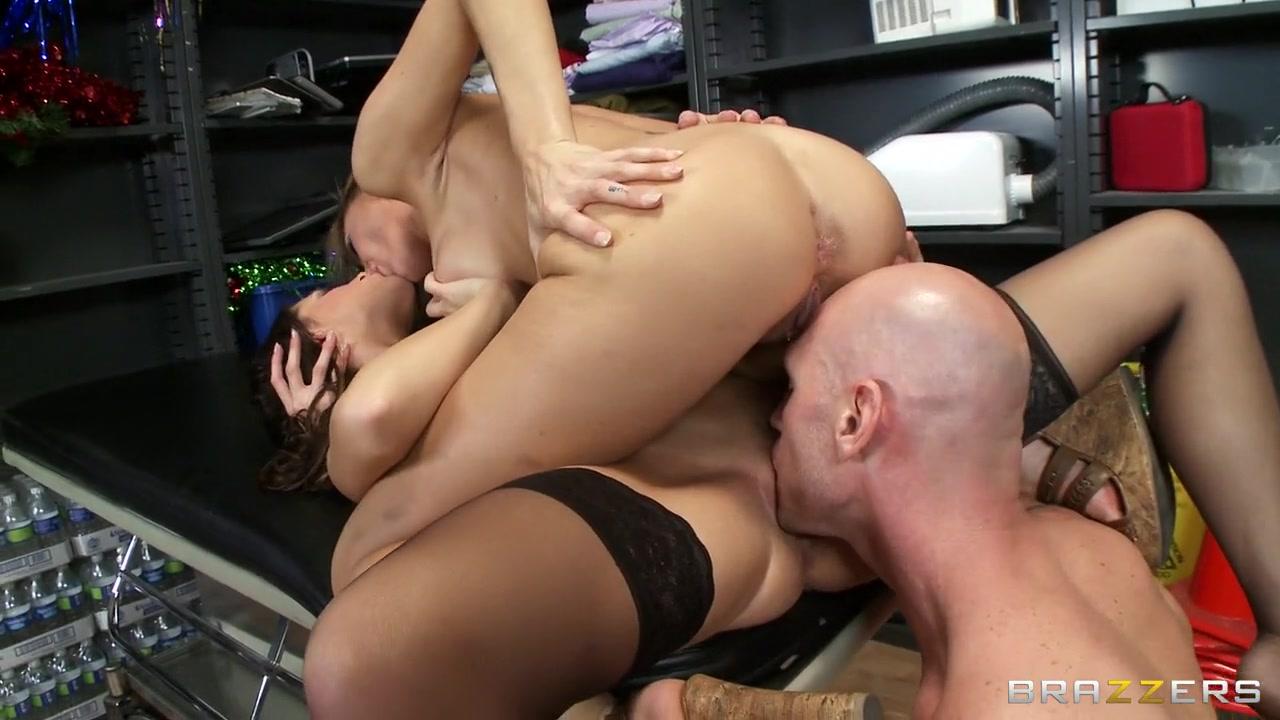 Porn tube Naked black girls damplips