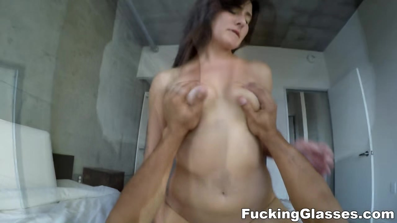 Porn tube Online hookup for ten year olds