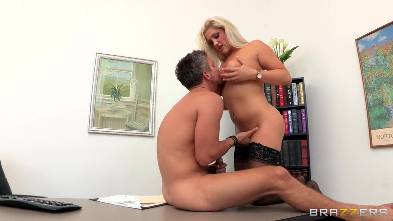 Dating fucked lesbos Kissing