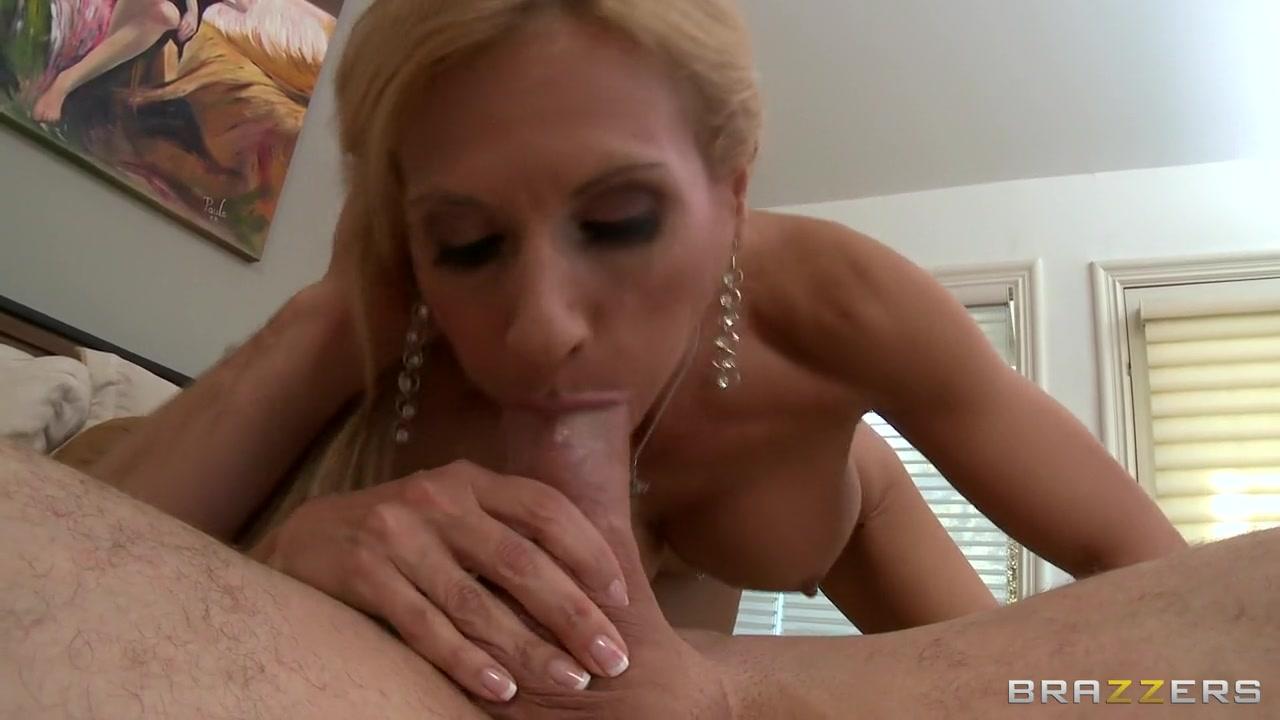 FuckBook Base Ebony female muscle porn