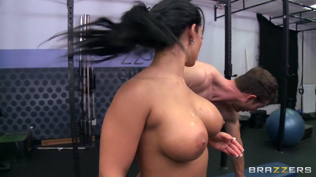sexy brunette big boobs Porn FuckBook