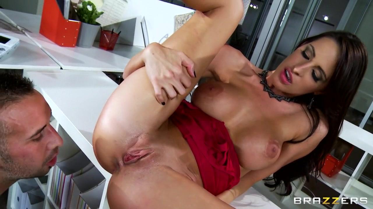 Porn Pics & Movies Porn webcams girls on porn webcam