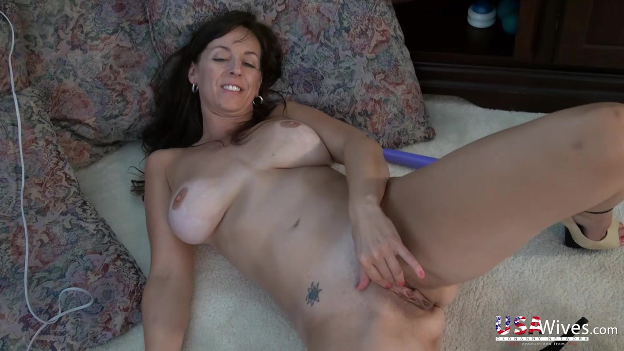 Divorced dating Nude 18+