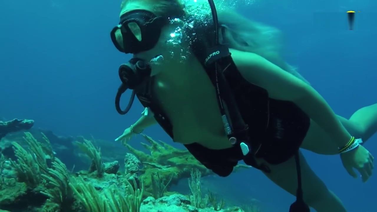 Jenny Scordamaglia Scuba diving nude Big boobes and ass