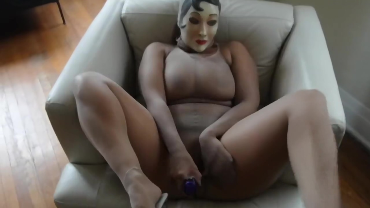 Masturbation in Encasement Naked spread eagled thin girls