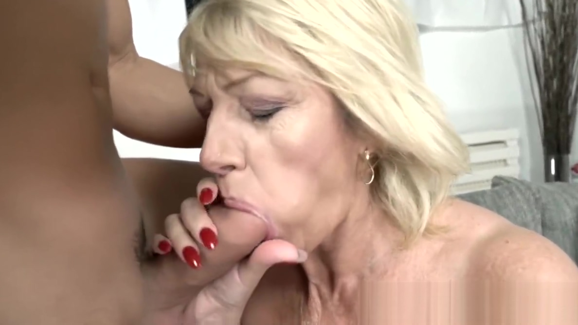 Busty mature babe with pussy piercings fucks younger stud Drunk Girl Nude Pic