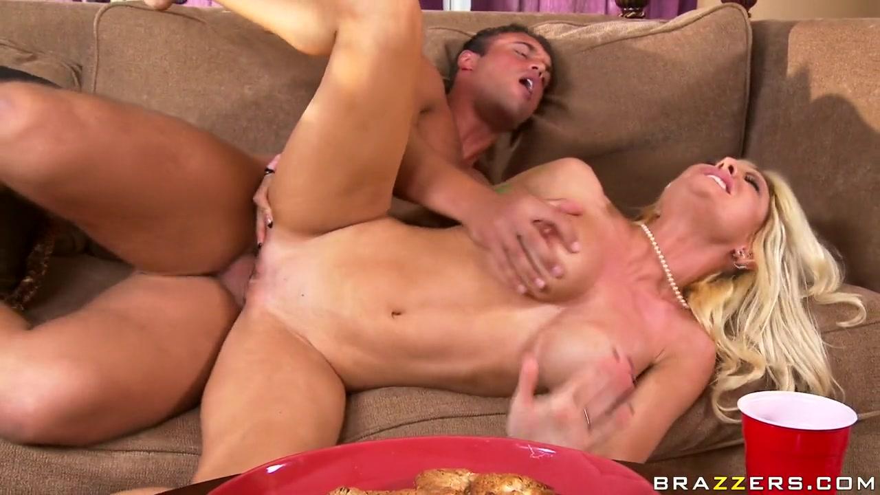 Waist deep sex scene Full movie