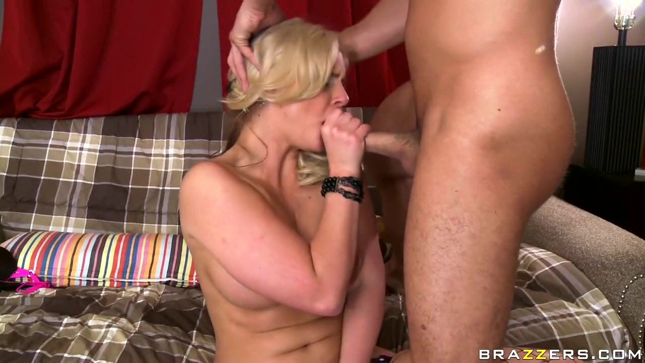 Hot porno Mature helps her fat  friend get lucky