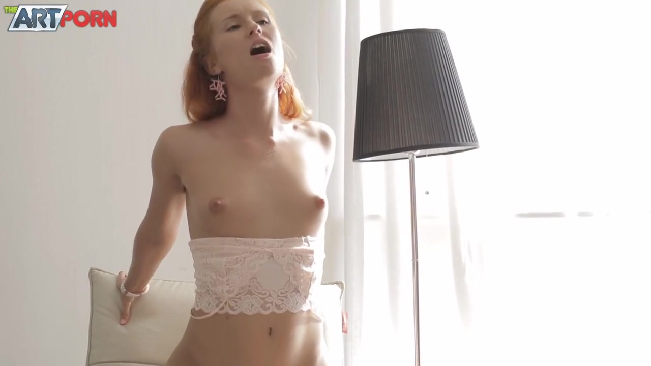 nude chick gives great blowjob Sex archive