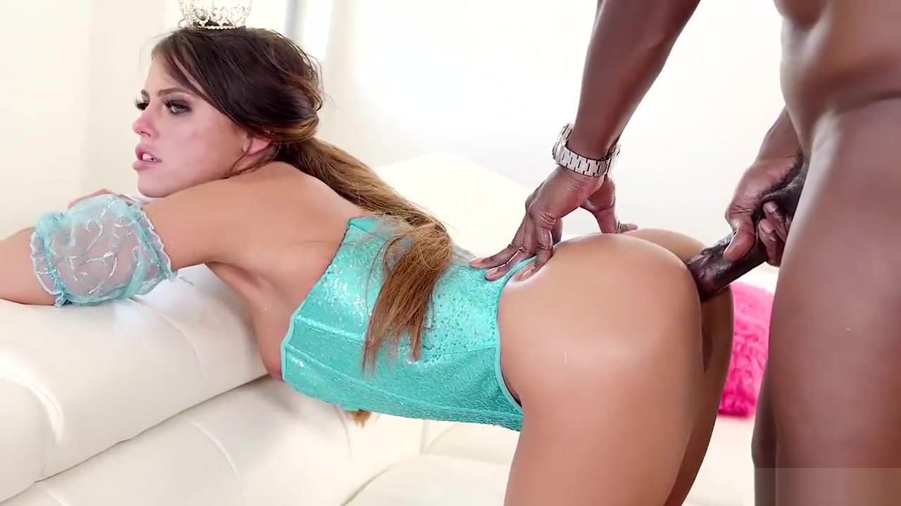 Anal gaped in extreme porn scenes by a black foot hot nylon sexy