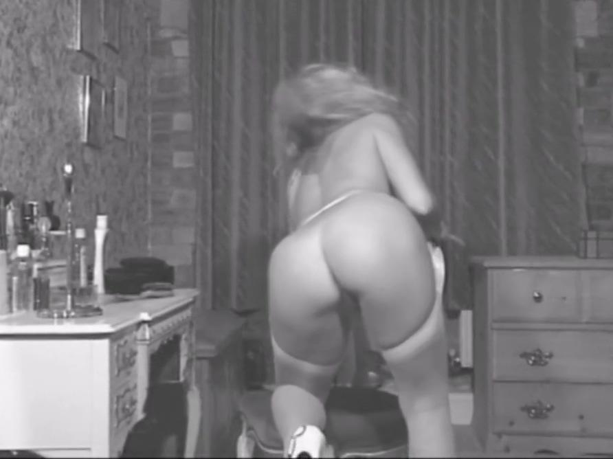 Mom takes her Panties off Teen katie porn pictures