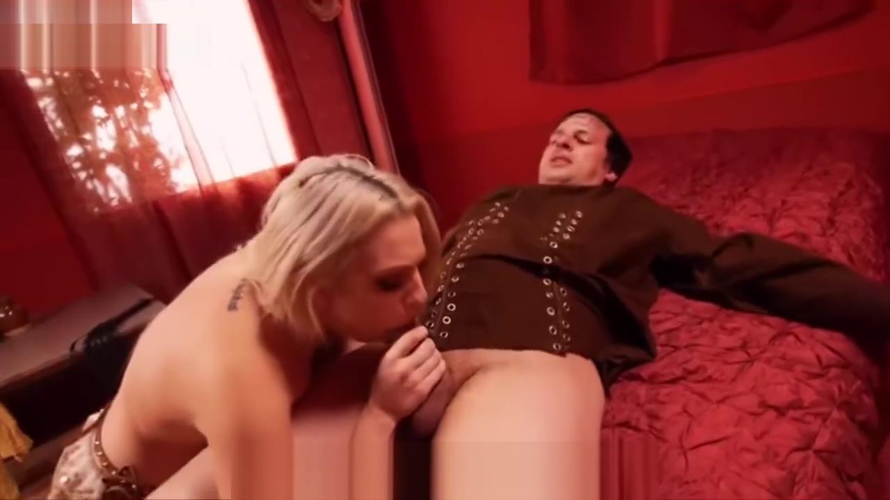 Sir Podrick Recebe o Melhor Boquete dos 7 Reinos Puta Loira Gostosa I want to sex with