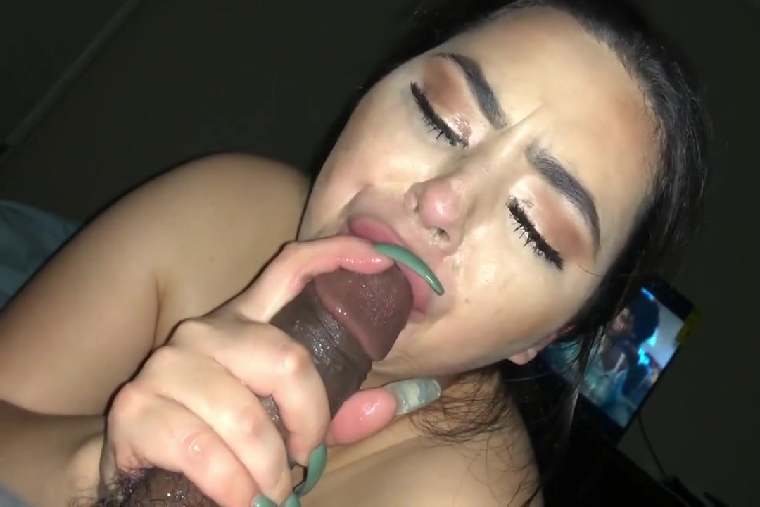 Latina gives the messiest head to big black cock hd live sex chat