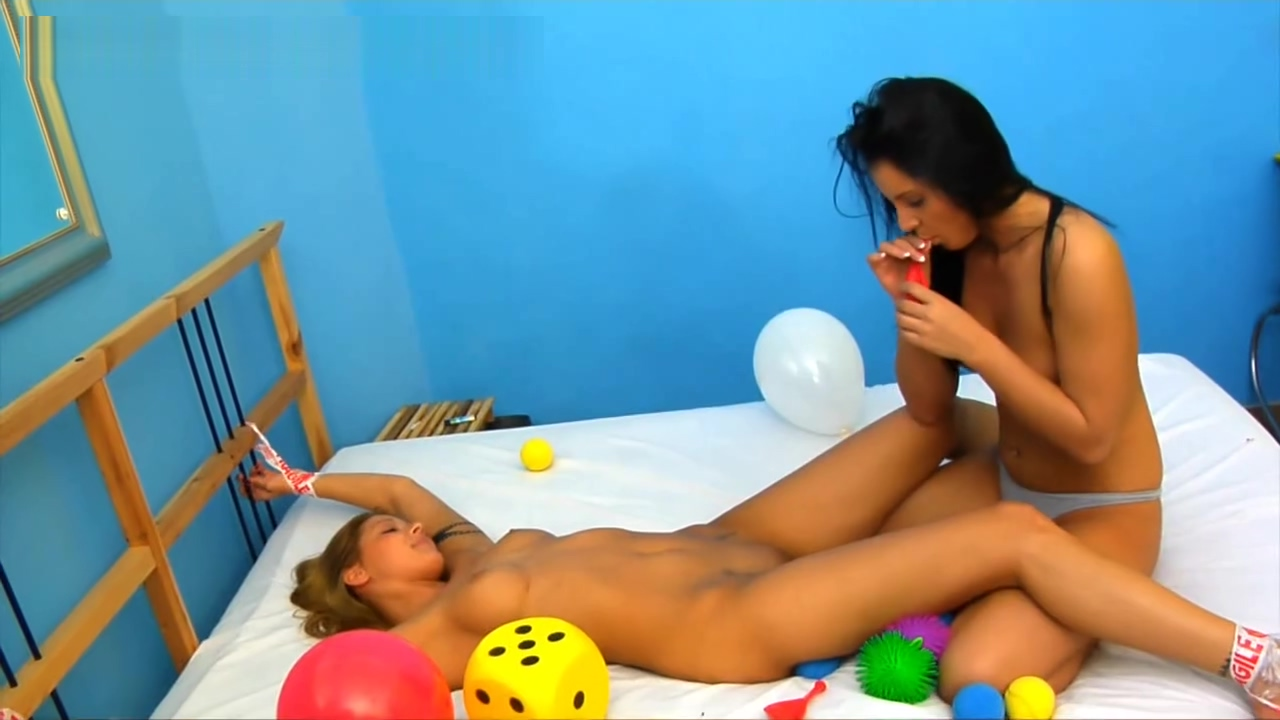 Lucy Bell Tickles Cindy HOpe female quivering orgasm forums
