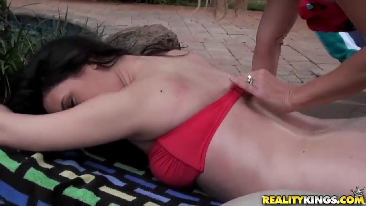 Nude Curvy pics women