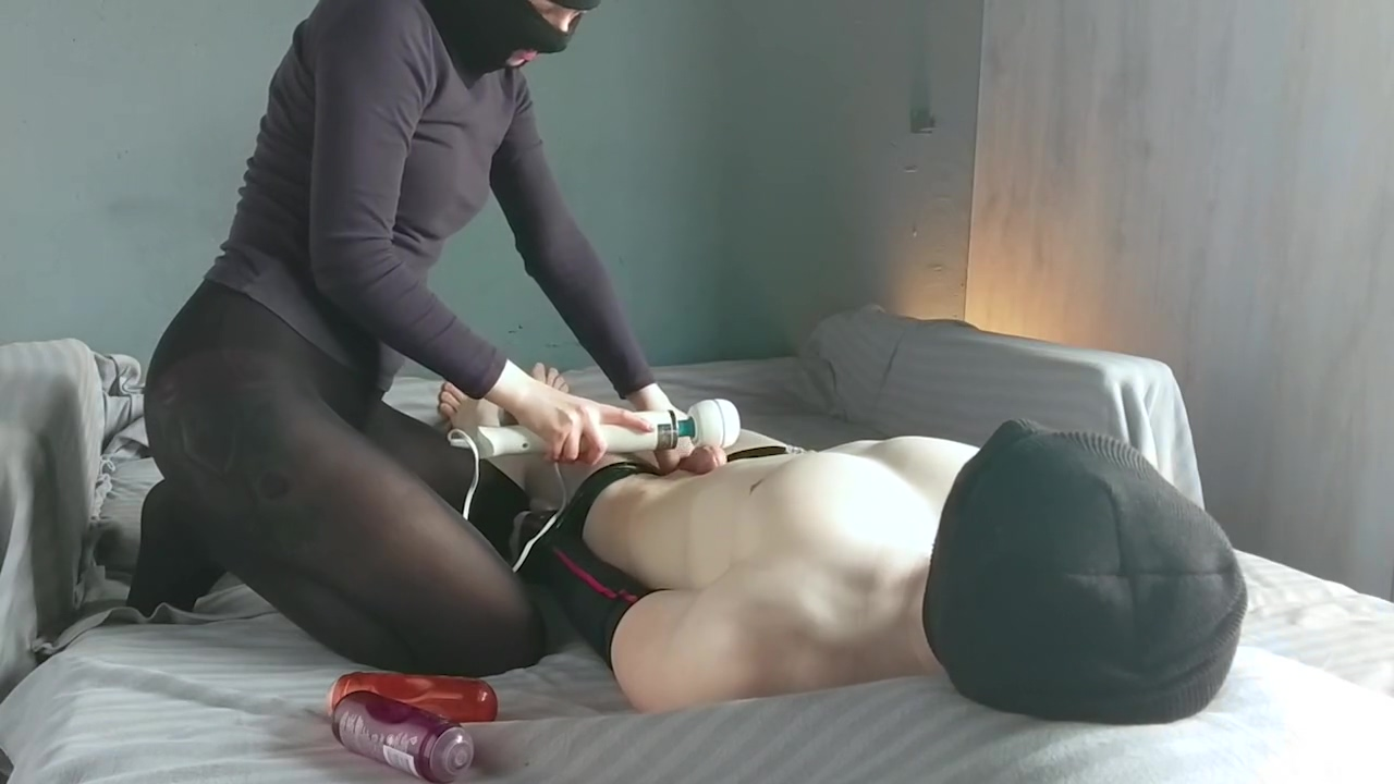 Slave boy cumshot from magic wand Women looking for sec