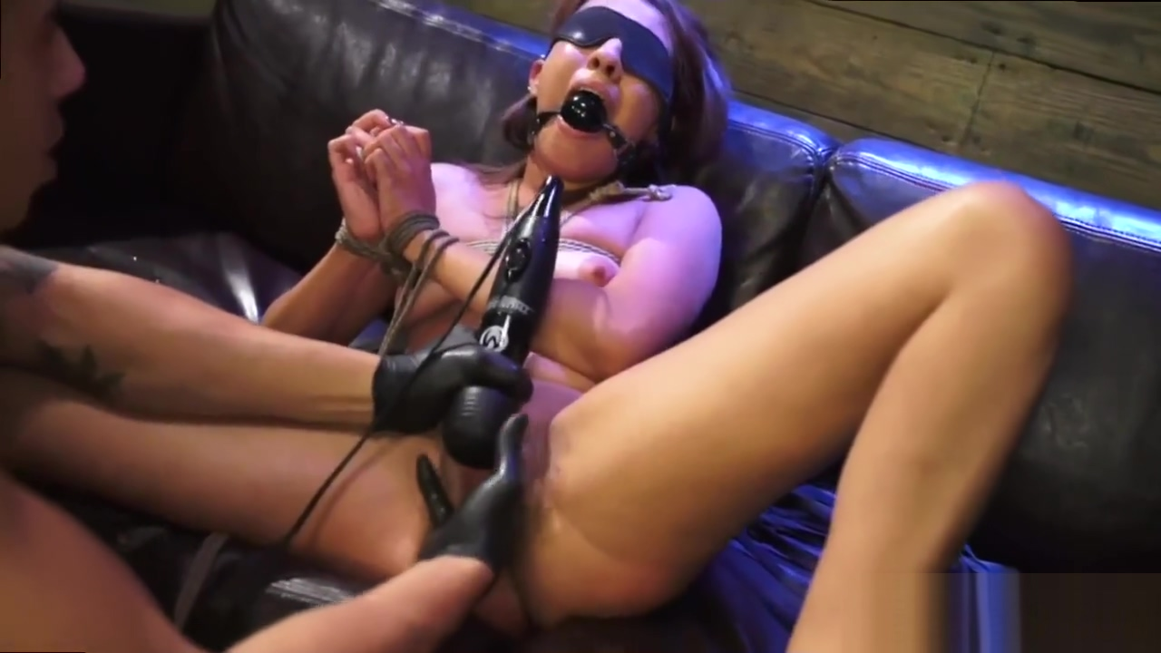 Bdsm foot anal and new sensations He makes her put on a blindfold and he