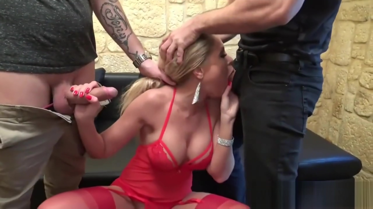Perfect Body Mother In Law Joanna De Chainee Riding Cock Well Her Friend 70 year old women haveing sex vido