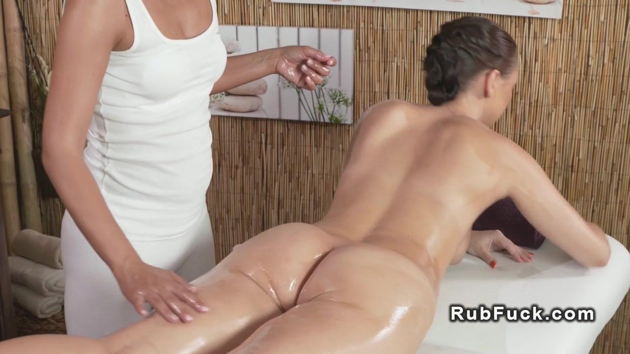 Porno sex Blonde lesbia