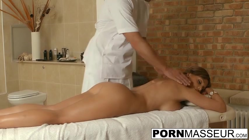 Hot Nude Nurse Penis Masturbation