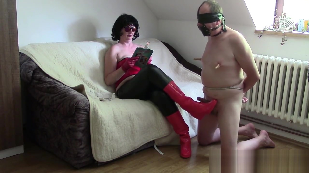 Amateur wife in leather gloves (gloves handjob compilation), part 2