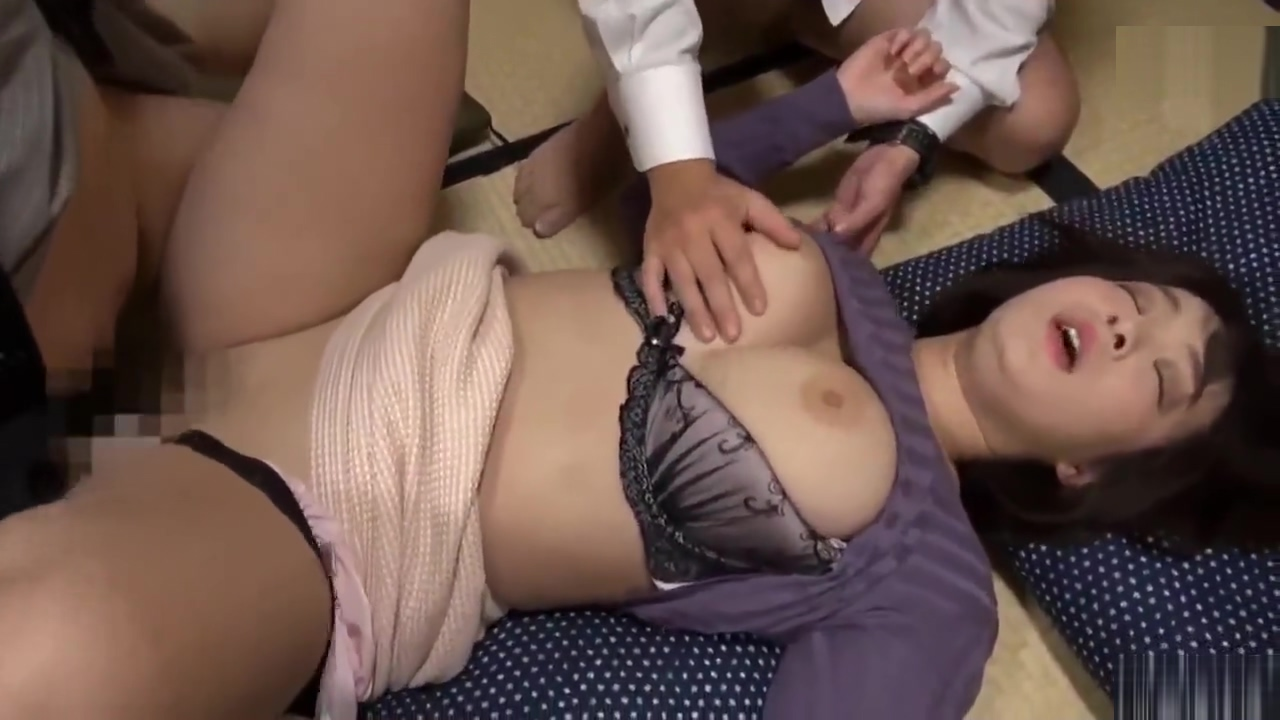 Hottest porn clip Creampie exotic , its amazing Sgy wifes first threesome story