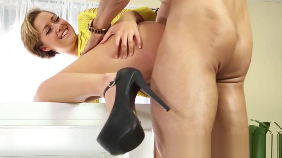 Massage hottie gets cum Risks bare bake blow job
