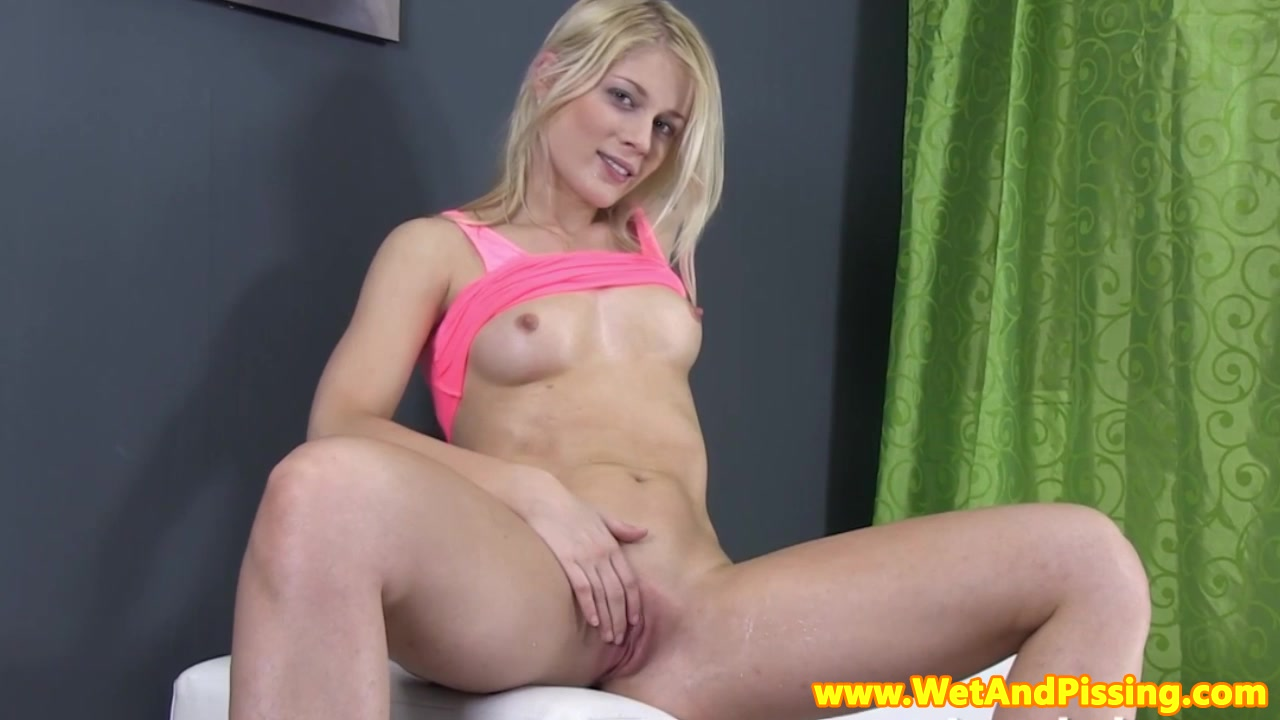 Sexy por pics Long haired secretary banged in casting