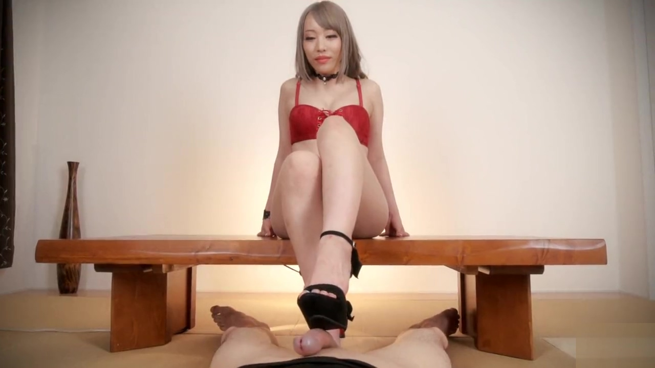 ????AiriMashiro Japanesegirl footjob Wife gets fucked during massage