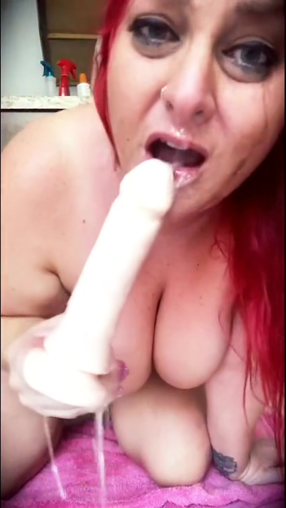 Gag and Puke Dildo BJ Fetish grant tina