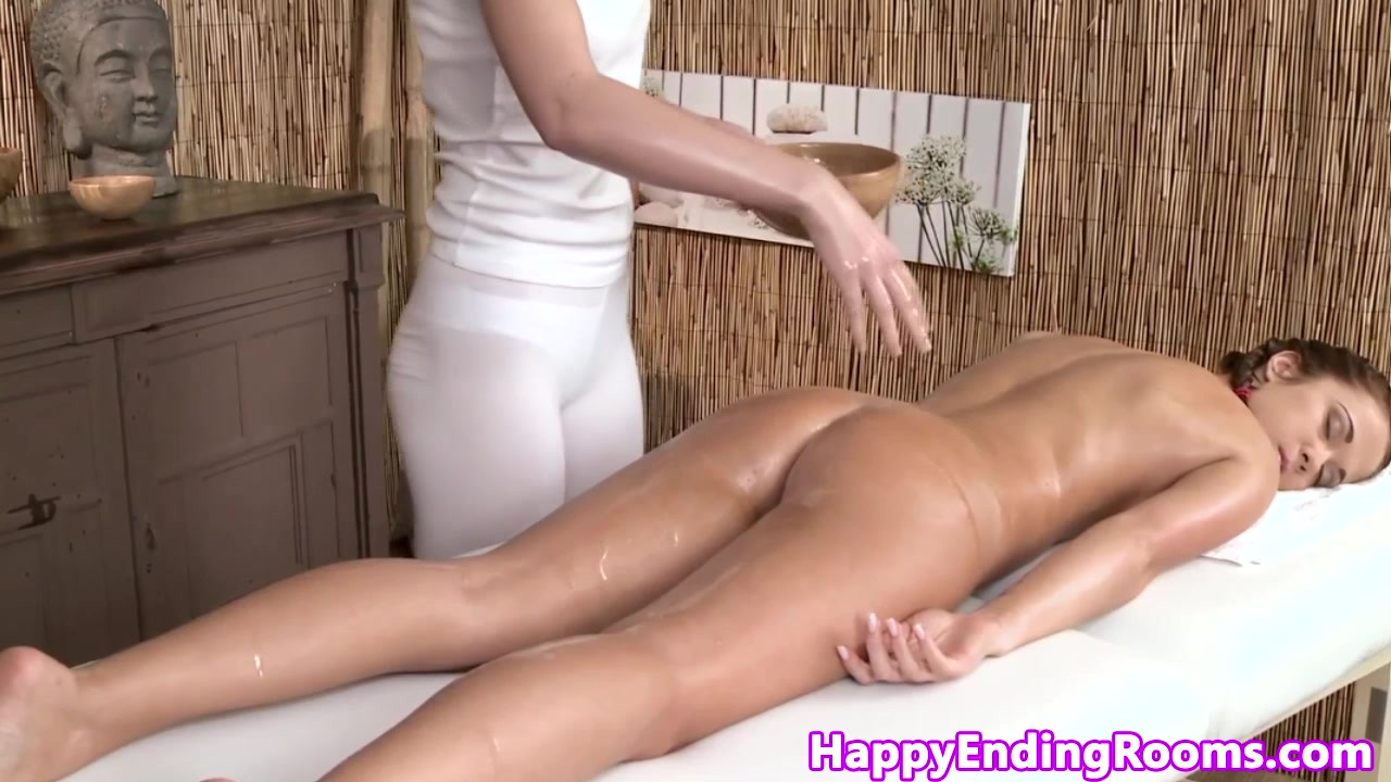 Chinese milf mina Naked Pictures