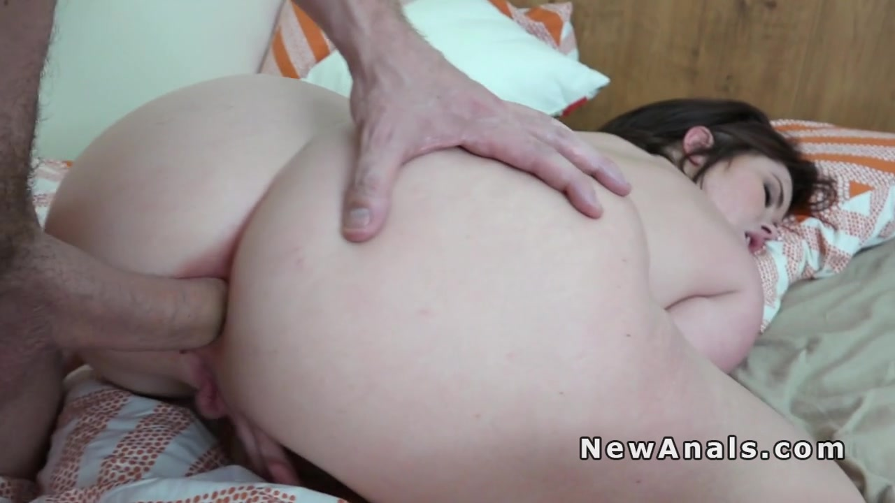 Love at first meeting Porn clips
