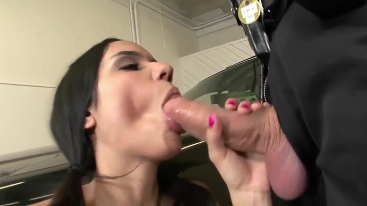 Sex on police car amateur sex voyeur webcams