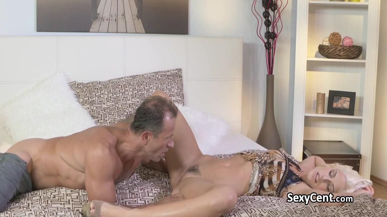 Porno photo Channeladvisor review uk dating