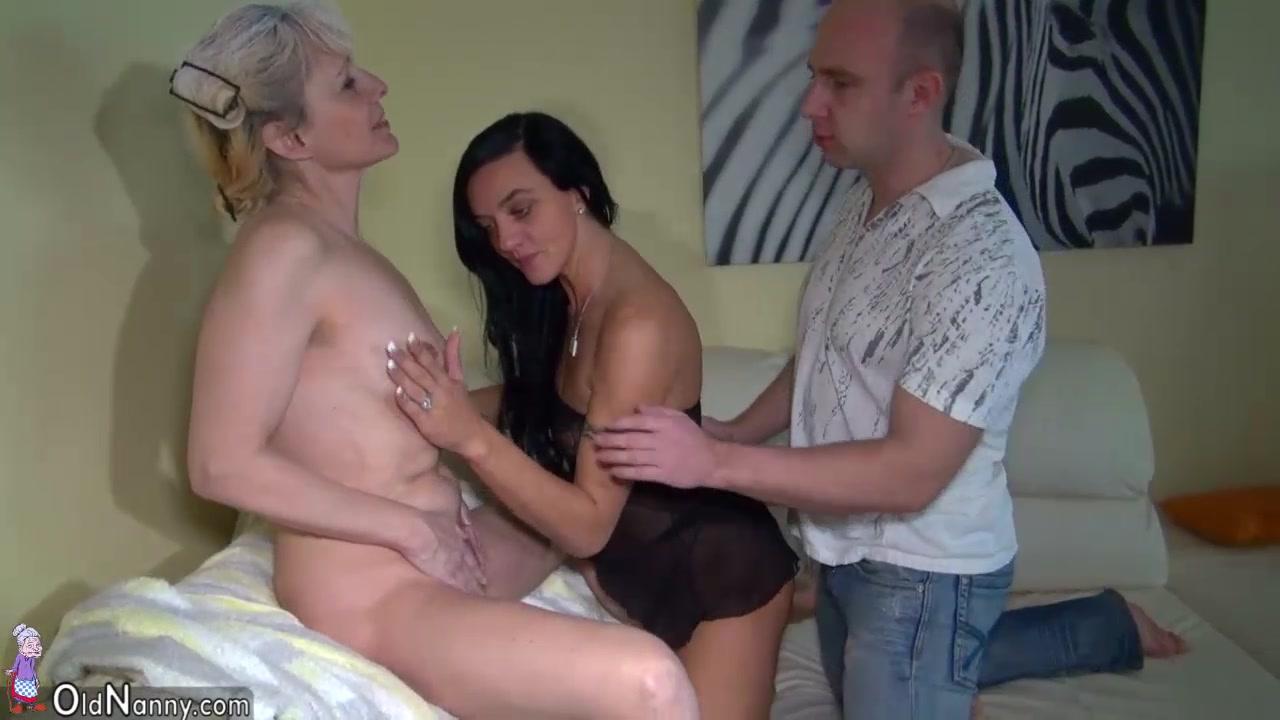 Naked Galleries Gina darling gifs
