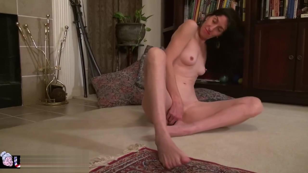 USAwives Penny Jones Mature Solo Masturbation Mature Hairy Pussy Women