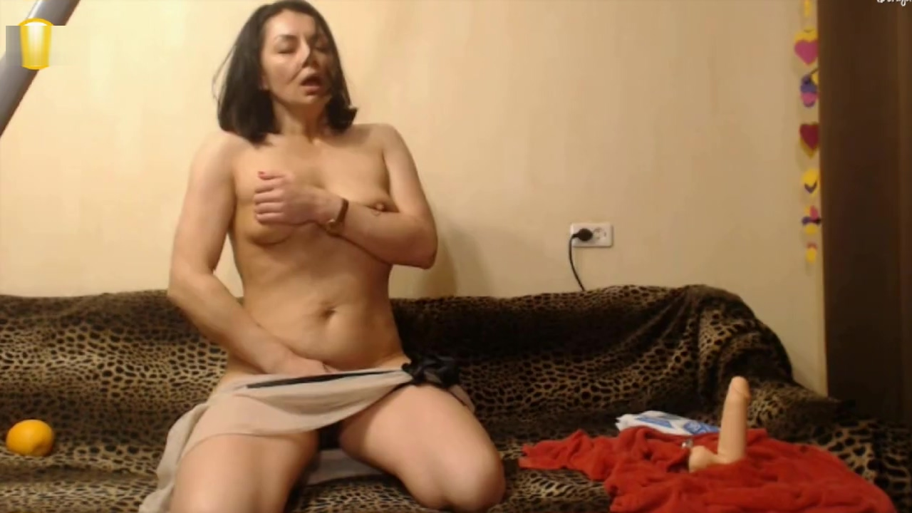 Hottest adult clip Solo Female check , its amazing Milf nice legs with pantyhose doing shopping