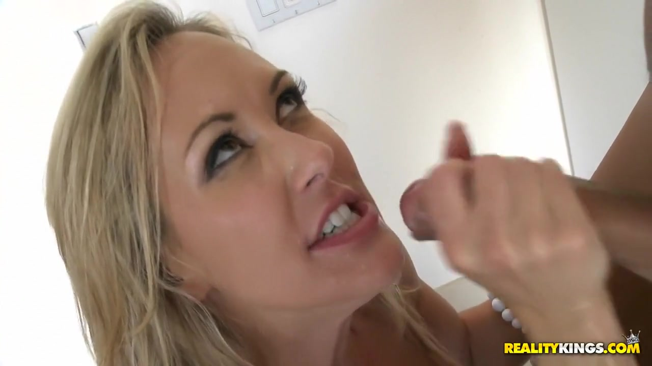 Sexy xxx video He told me he loves me over text