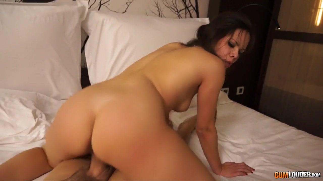 Hot Nude Kunal karan kapoor and aakanksha singh dating website